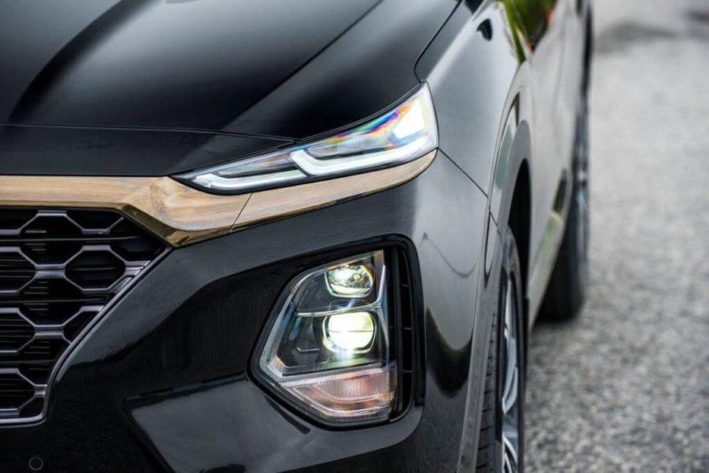 Cụm đèn trước Hyundai Santafe 2020